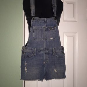 Short overalls.